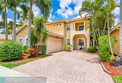 5817 NW 122nd Ter Coral Springs FL 33076