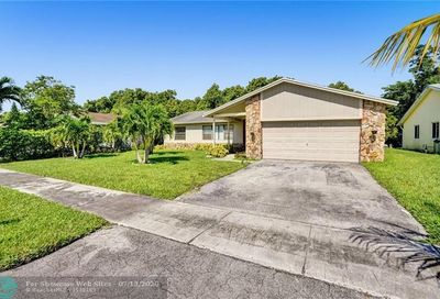 5010 SW 11th Pl Margate FL 33068