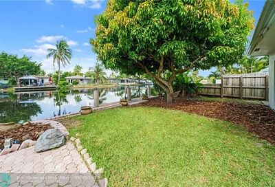 216 NE 30th St Wilton Manors FL 33334