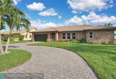 6450 NW 56th St Coral Springs FL 33067