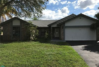 477 NW 113th Ter Coral Springs FL 33071