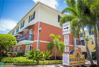 2221 NE 9th Ave Wilton Manors FL 33305