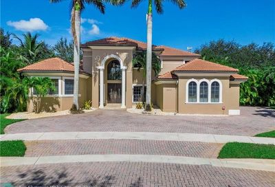 12402 Grand Oaks Dr Davie FL 33330