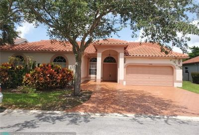 5580 NW 57th Way Coral Springs FL 33067
