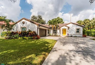 6135 NW 45th Ter Coconut Creek FL 33073