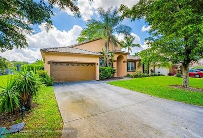 4341 NW 90th Terrace Coral Springs FL 33065