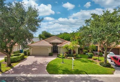 5790 NW 48th Dr Coral Springs FL 33067