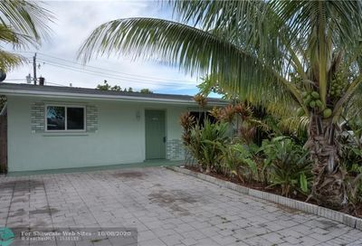 1653 SW 70th Ave North Lauderdale FL 33068