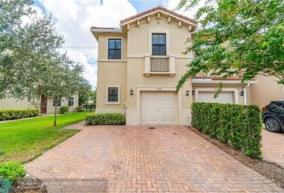 1034 NW 33rd Ct Pompano Beach FL 33064