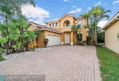 5854 NW 119th Dr Coral Springs FL 33076
