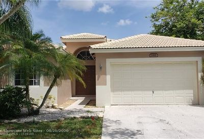 5315 Flamingo Ct Coconut Creek FL 33073