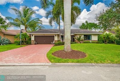 500 NW 107th Ter Coral Springs FL 33071