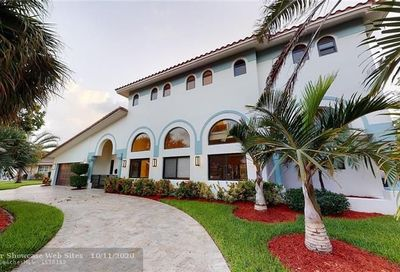 5740 Bayview Dr Fort Lauderdale FL 33308