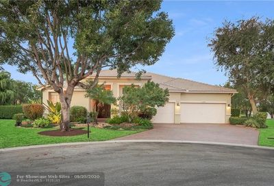11209 NW 51st St Coral Springs FL 33076