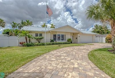 2449 NE 21st Ave Lighthouse Point FL 33064