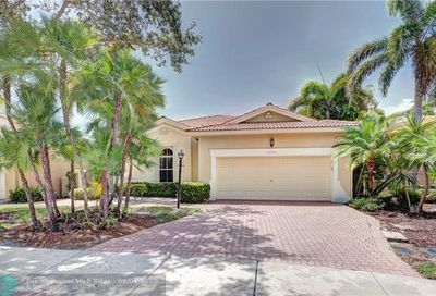 5872 NW 122nd Ter Coral Springs FL 33076