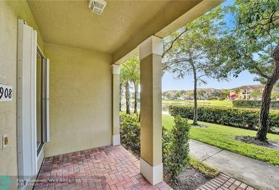 4720 Mimosa Place Coconut Creek FL 33073