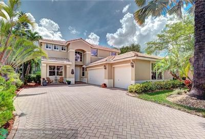 5017 NW 121st Dr Coral Springs FL 33076