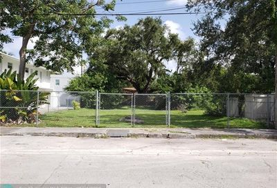 3669 Frow Ave Miami FL 33133