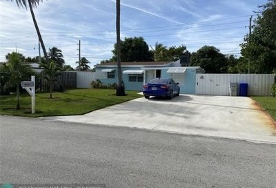 2933 NE 12th Ter Pompano Beach FL 33064