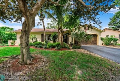 9639 NW 27th Ct Coral Springs FL 33065