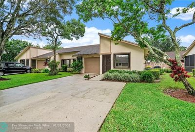 8046 Summerview Ter Boca Raton FL 33496