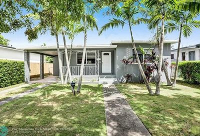 4025 SW 9th Ter Miami FL 33134