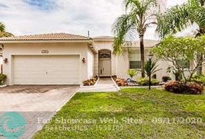 1381 NW 130th Ave Pembroke Pines FL 33028