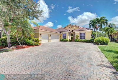 6996 NW 113th Ave Parkland FL 33076