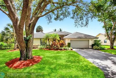 5457 NW 88th Way Coral Springs FL 33067
