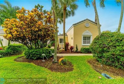 7917 Travlers Tree Dr Boca Raton FL 33433