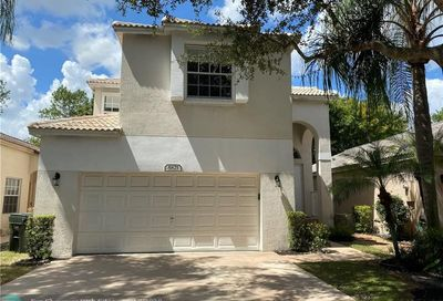 5821 Eagle Cay Ln Coconut Creek FL 33073