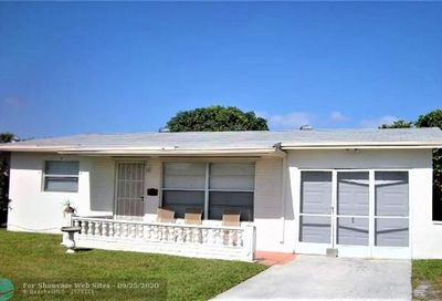 881 SW 63rd Ter North Lauderdale FL 33068