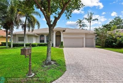 4177 NW 64th Ave Coral Springs FL 33067