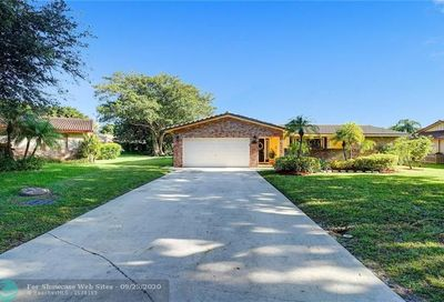 8575 NW 3rd St Coral Springs FL 33071