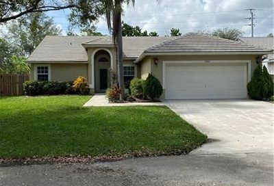 7353 NW 45th Ave Coconut Creek FL 33073