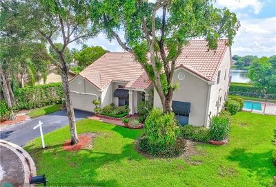 5317 NW 64th Way Coral Springs FL 33067