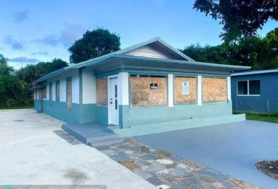 110 NW 28th Ter Fort Lauderdale FL 33311
