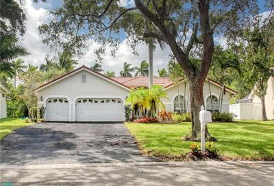 10300 NW 49th Ct Coral Springs FL 33076