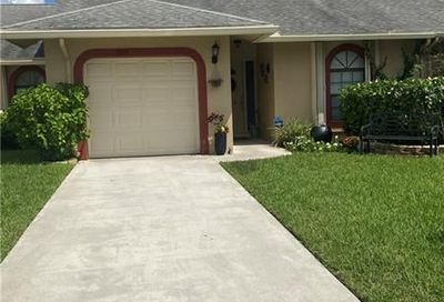 9609 NW 76th Ct Tamarac FL 33321
