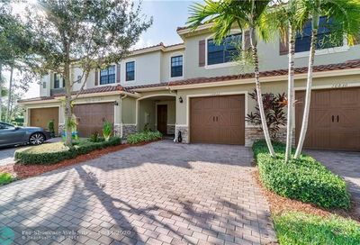 10822 NW 72nd Place Parkland FL 33076
