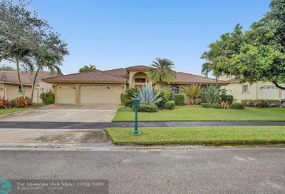 4935 NW 107th Ave Coral Springs FL 33076
