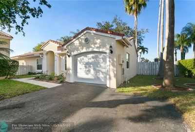 6151 NW 44 Th Ln Coconut Creek FL 33073