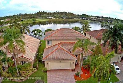 4440 Banyan Trails Dr Coconut Creek FL 33073