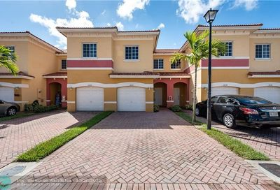 3632 NW 29th Ct Lauderdale Lakes FL 33311