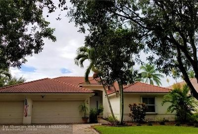 4927 NW 52nd Ave Coconut Creek FL 33073