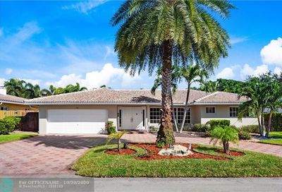 44 Castle Harbor Is Fort Lauderdale FL 33308
