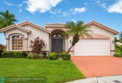6270 Swans Ter Coconut Creek FL 33073