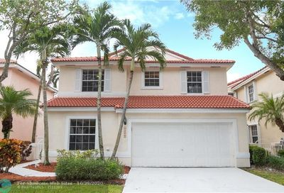 10902 NW 46th Dr Coral Springs FL 33076