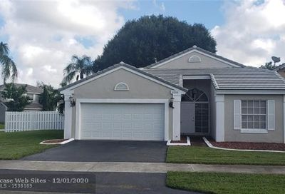 5206 NW 55th St Coconut Creek FL 33073